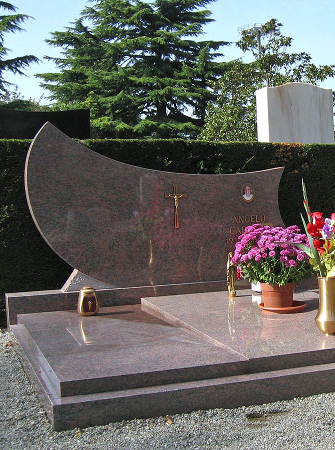 MONUMENT-23