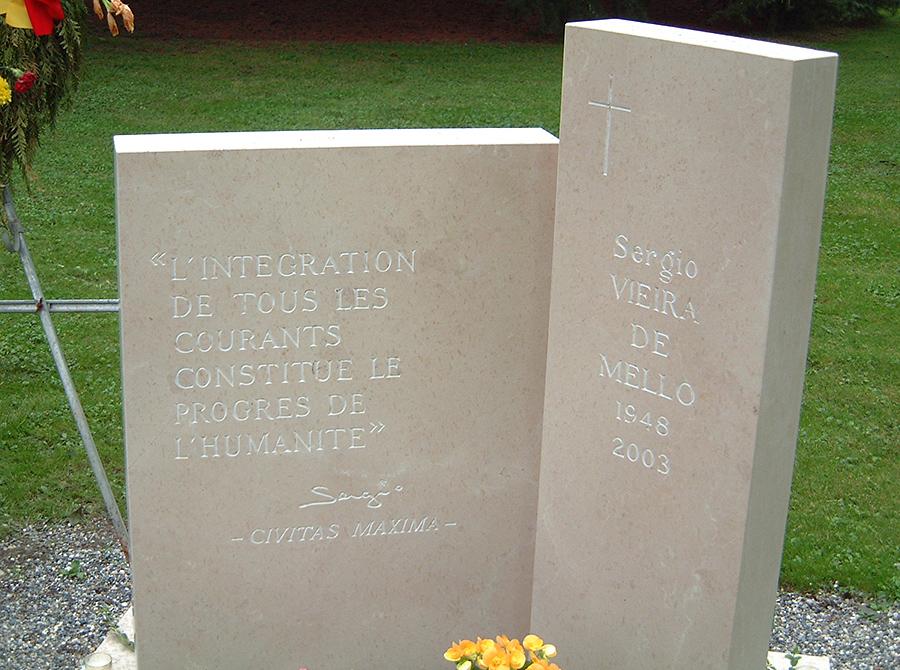 monument-viera-de-mello-005