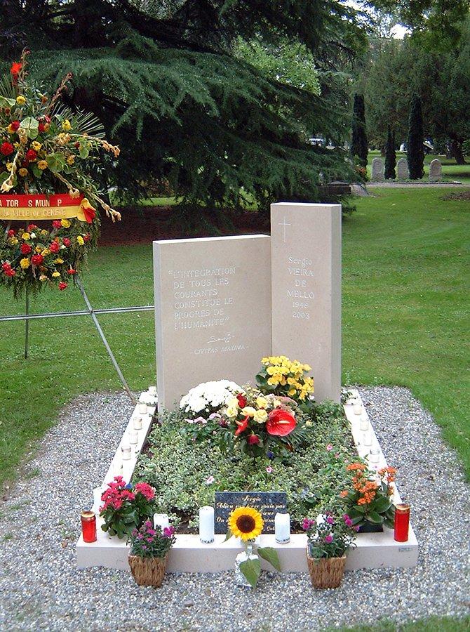 monument-viera-de-mello2